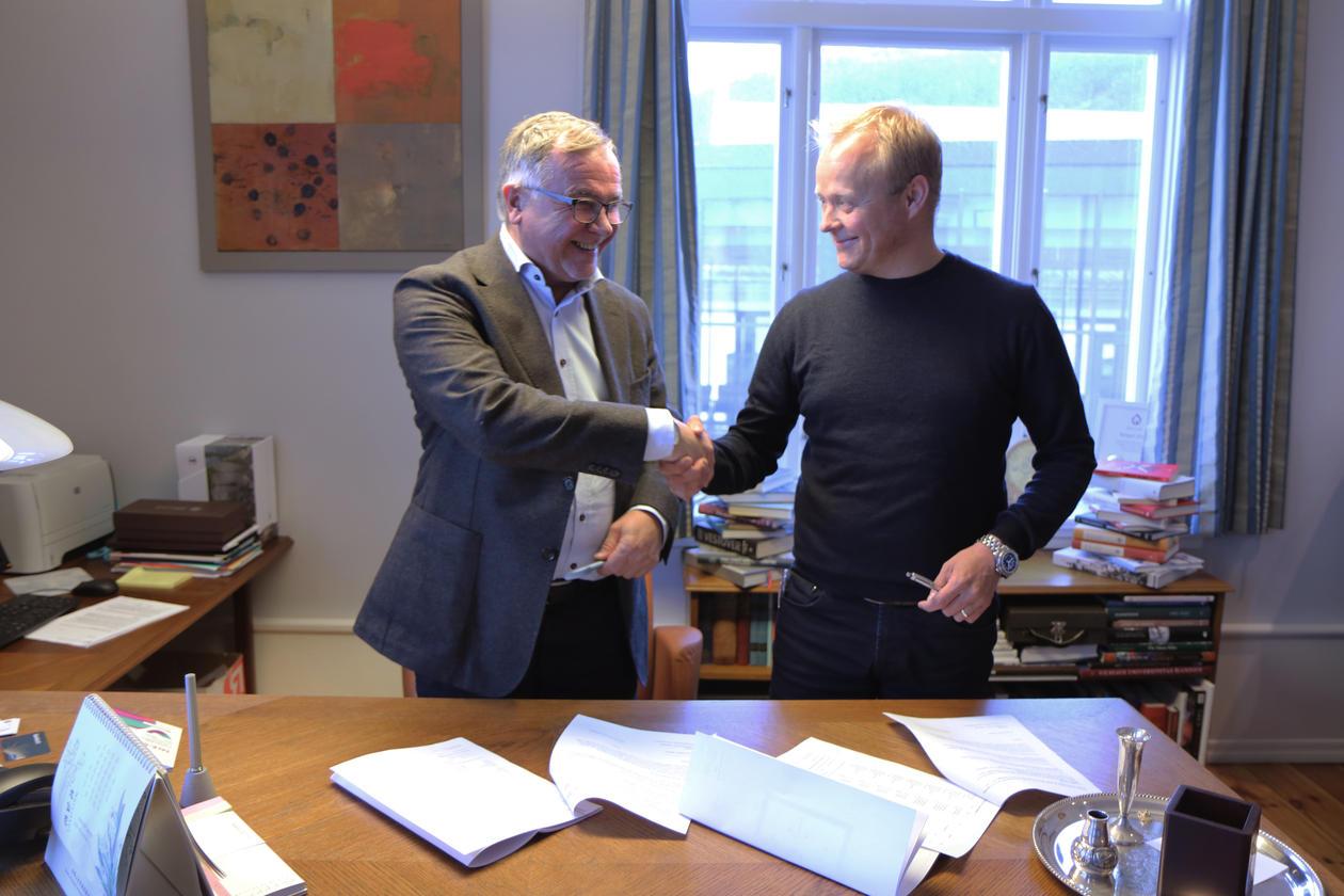 Signerte avtale med Nansensenteret