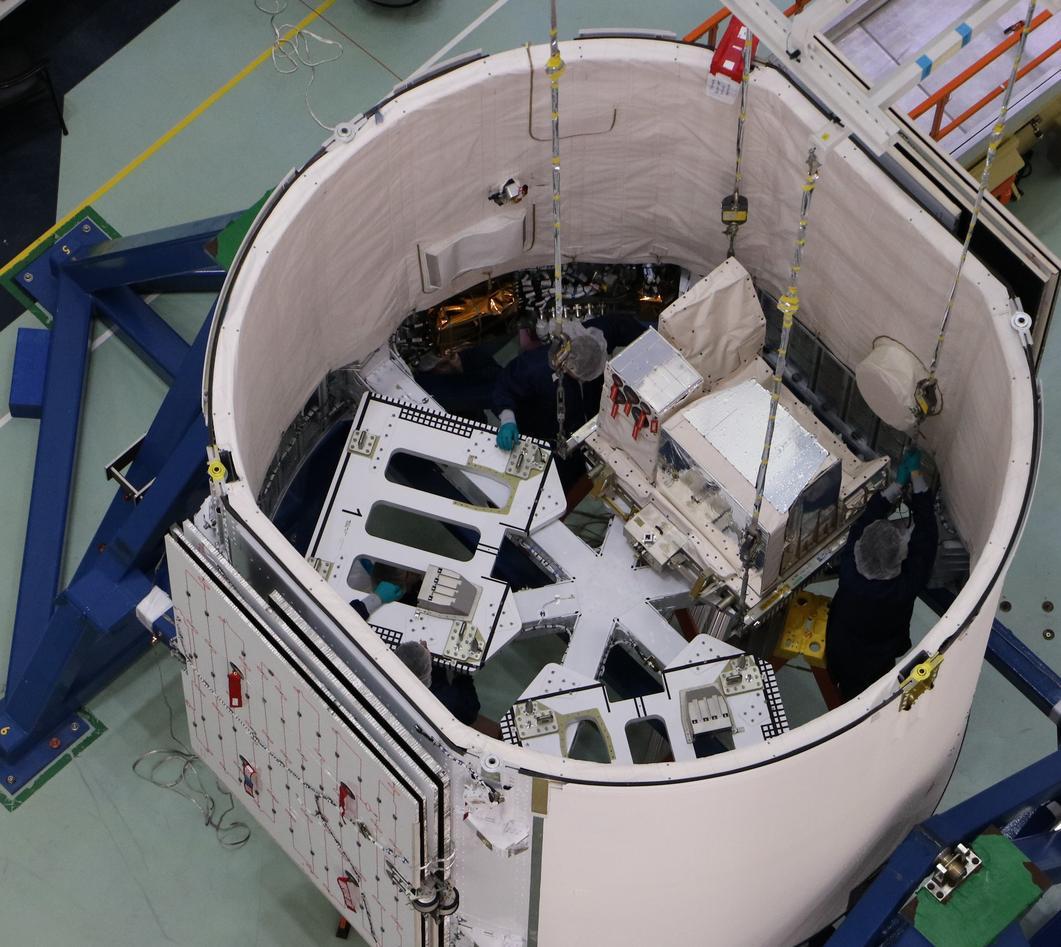 ASIM på plass i raketten
