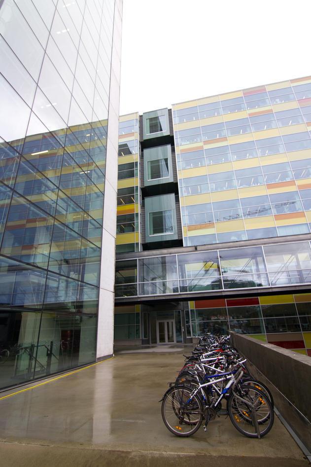 lab_building