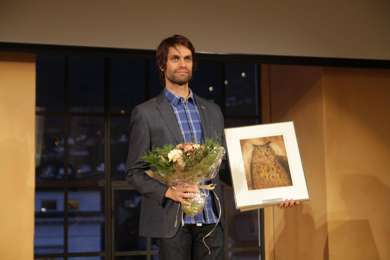 AWARDING TUTORING: Christian Jørgensen receives the Learning Environment Award 2015, and is described as a creative teacher. Through smart phone technology, he has managed to engage all his students.