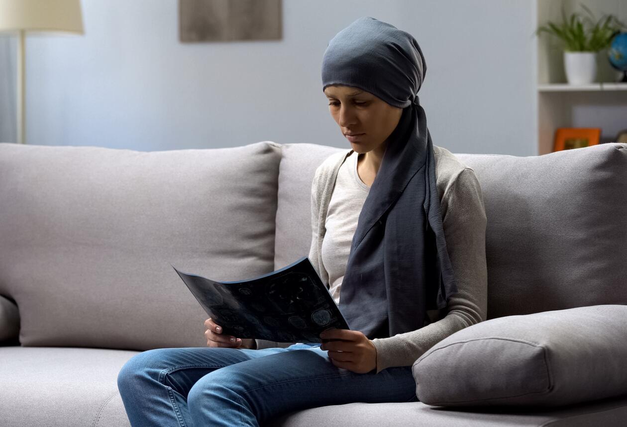 Kvinne etter kreftbehandling