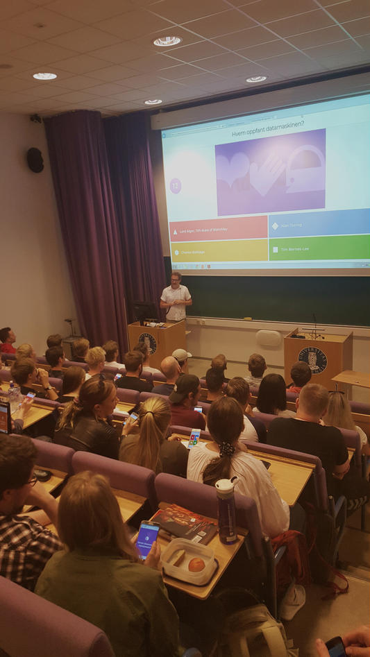 Semesterstart for informasjonsvitenskap