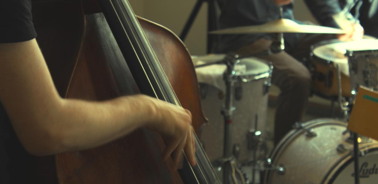 Jazz-bass og trommer