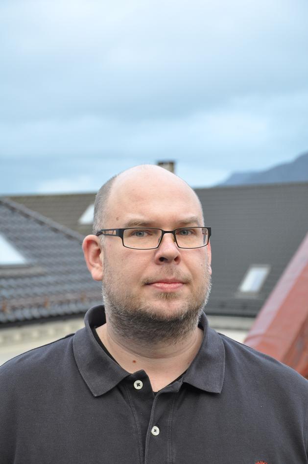 Professor Jonas Linde
