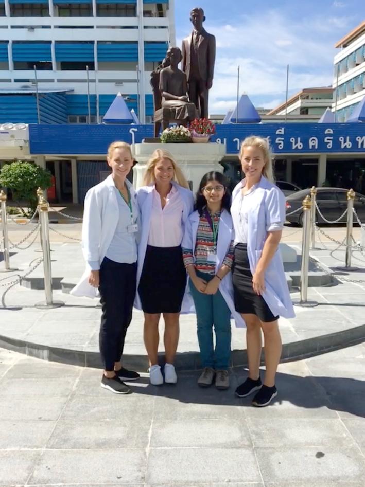 Studenter i klinisk praksis i Khon Kaen høsten 2017.