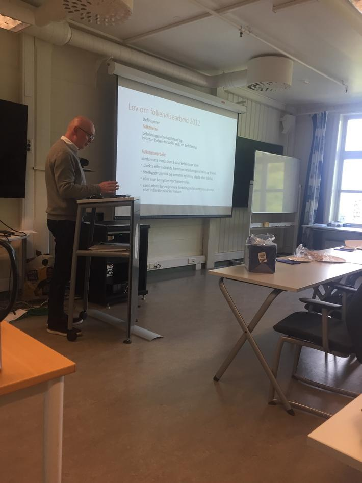 Kjell Haug foreleser