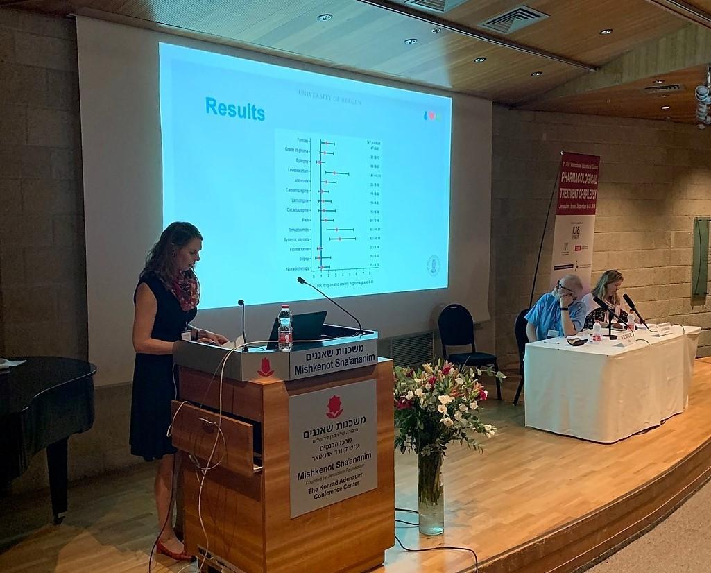 Kristin Marie Knudsen-Baas presenting research results
