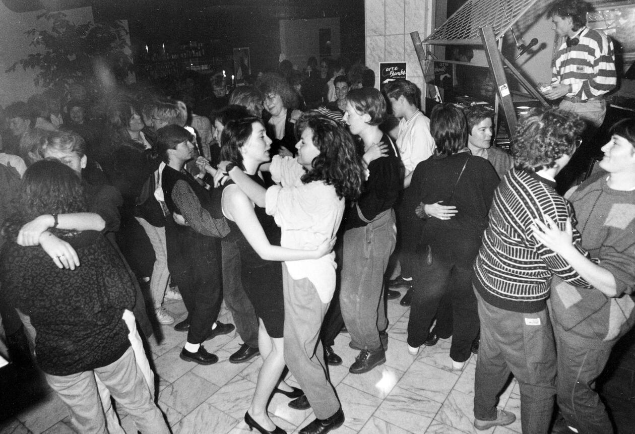 Kvinnekveld på Metropol (Akersgata 8) i 1989. Foto: LØVETANN