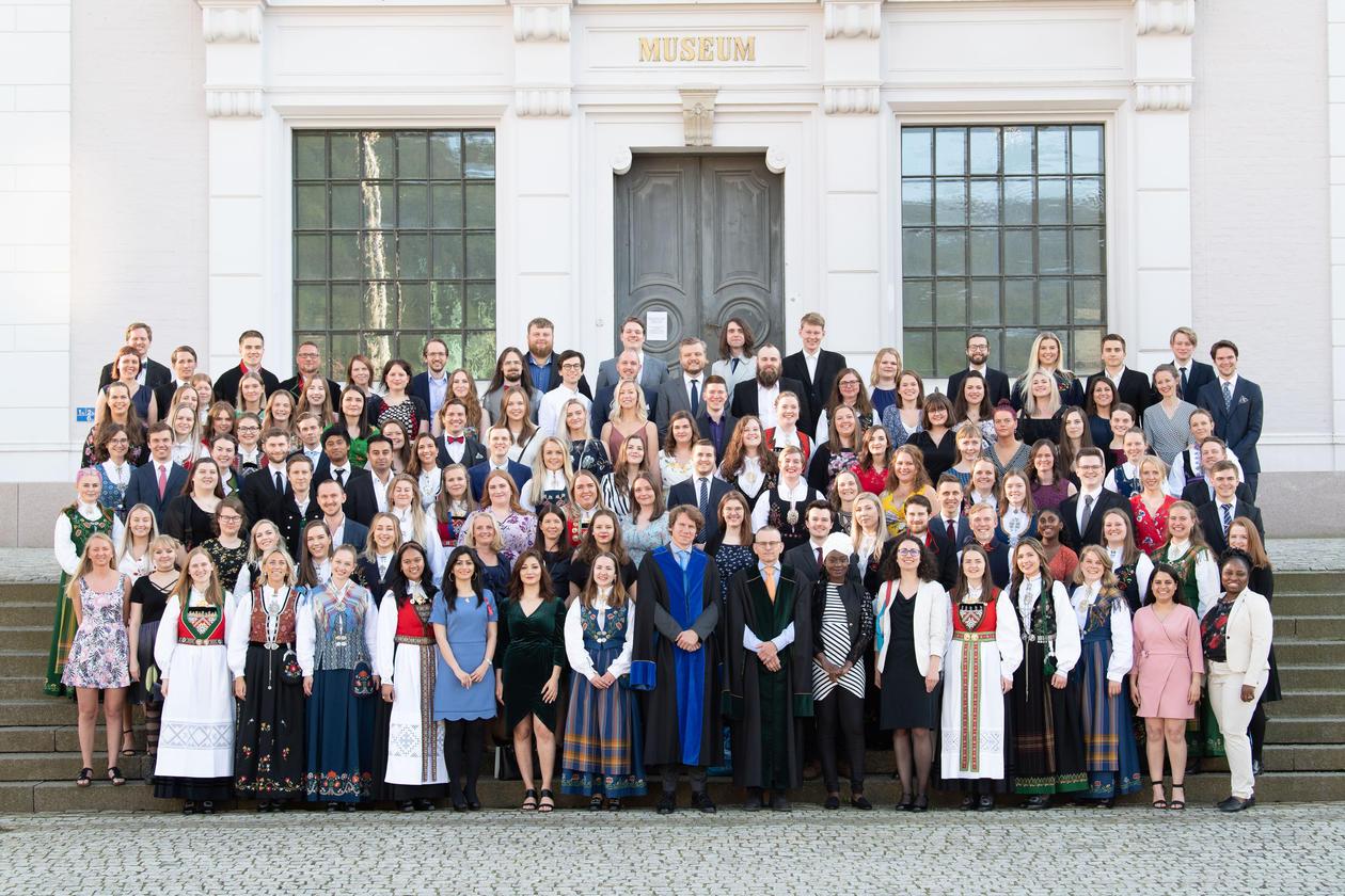 Bilde av alle kandidatene