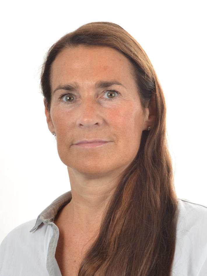 Portrettfoto Jorunn Litlekalsøy