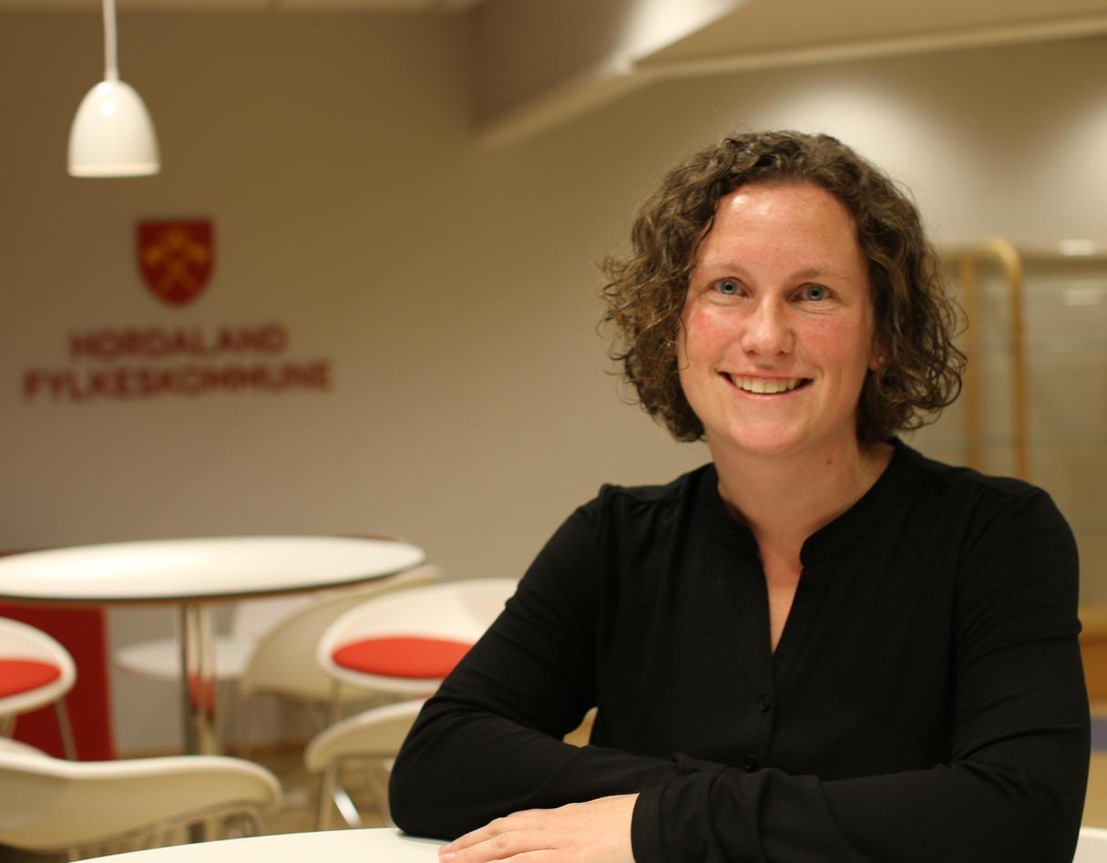 Mari-Kristine Morberg er mobbeombud i Hordaland fylkeskommune