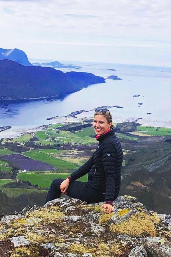 Mari Lund Eide på fjelltur i nord