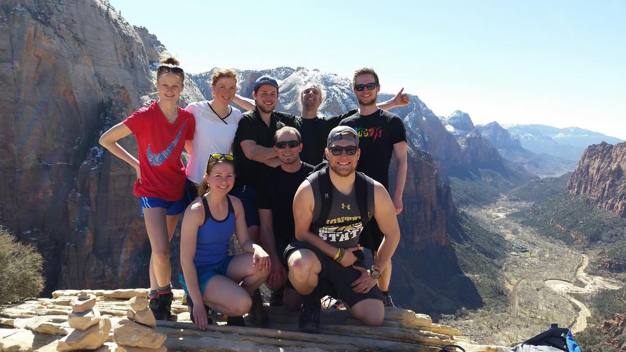 Studentar på fjelltur