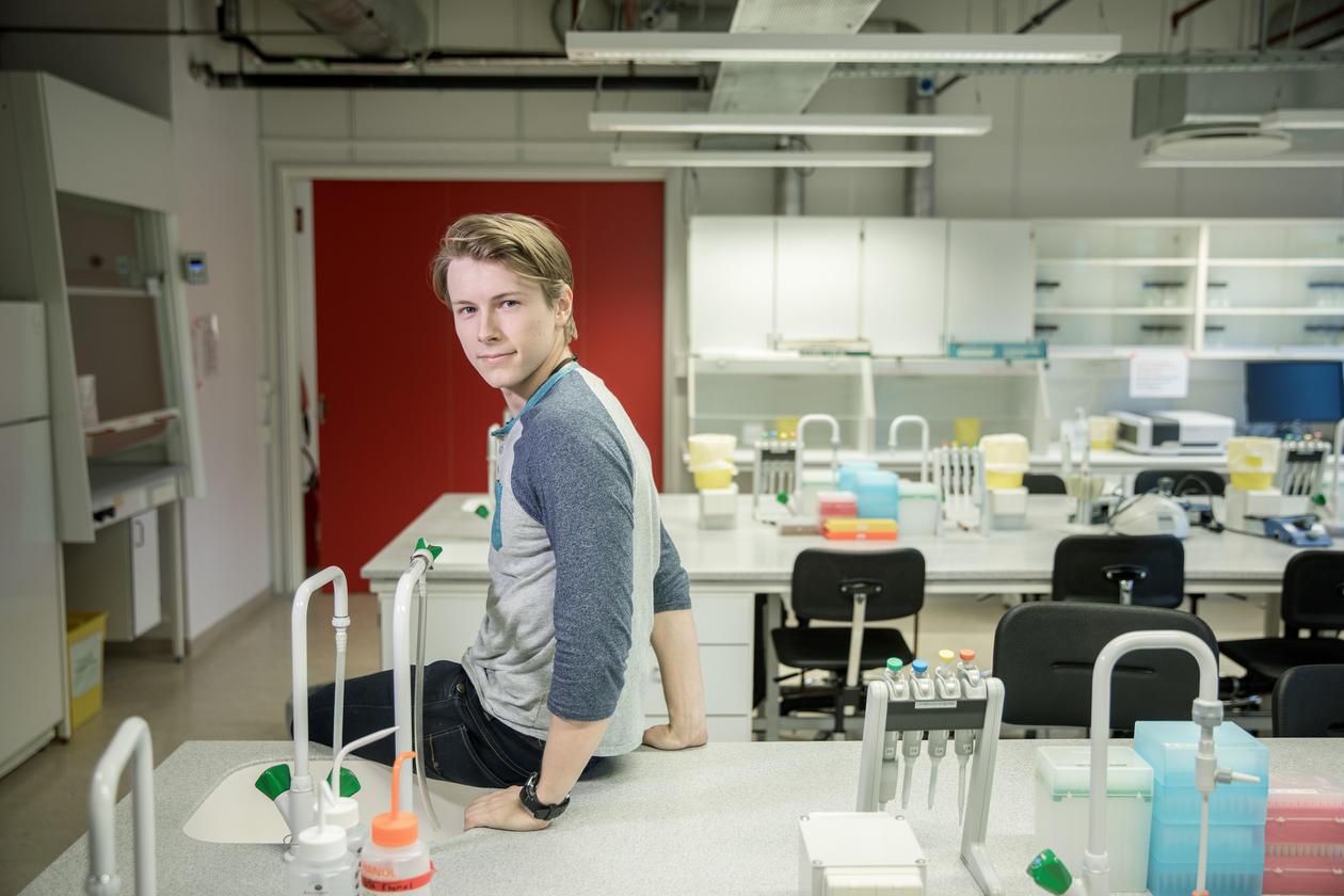 MANGE VAL: Stian Torset tenkjer anten klinisk eller klimaforsking for framtida i molekylærebiologien.