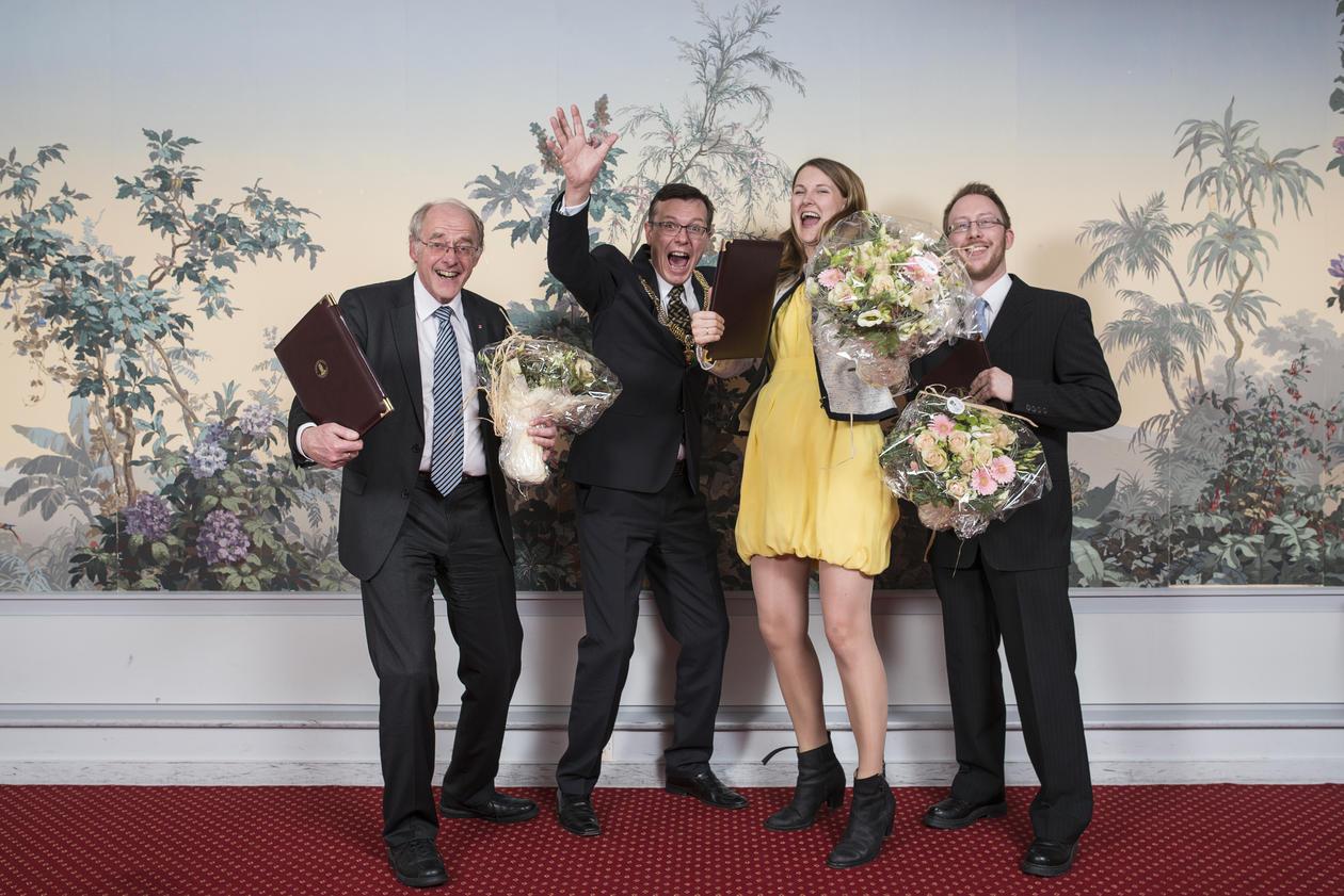 The Meltzer Award 2015 winners, left to right: Trond Markestad, UiB Rector Dag Rune Olsen, Katrine Løken and Harald Barsnes.