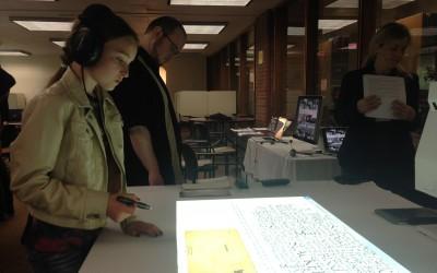 Student explores ELO2014 installation