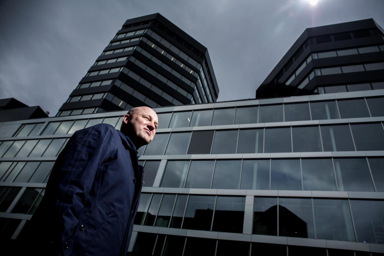 Professor Ole J. Mjøs utenfor Media City Bergen, mars 2017.