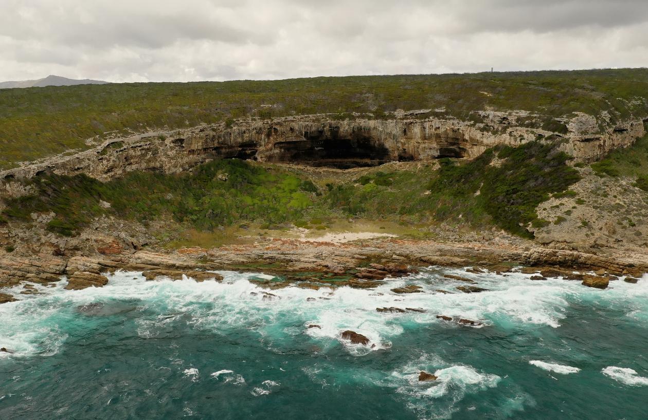 Bloukrans - Grottelandskap langs kysten av Sør Afrika