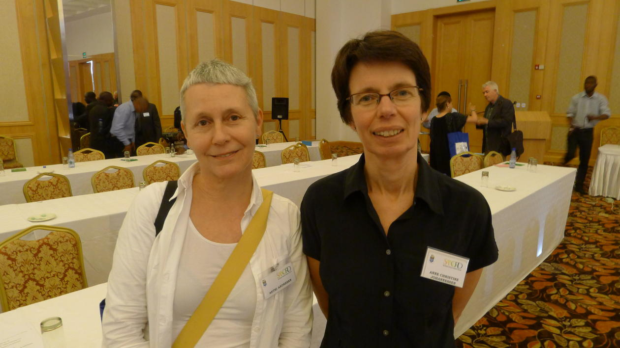 Former University of Bergen vice-rector for international relations Astri Andresen (left) with her successor Anne Christine Johannessen at the SANORD conference 2013 in Lilongwe, Malawi.