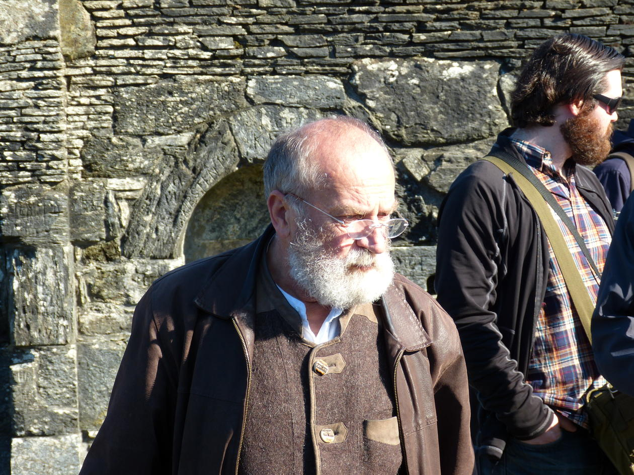 Prof. Rudolf Simek på ekskursjon til Lysekloster