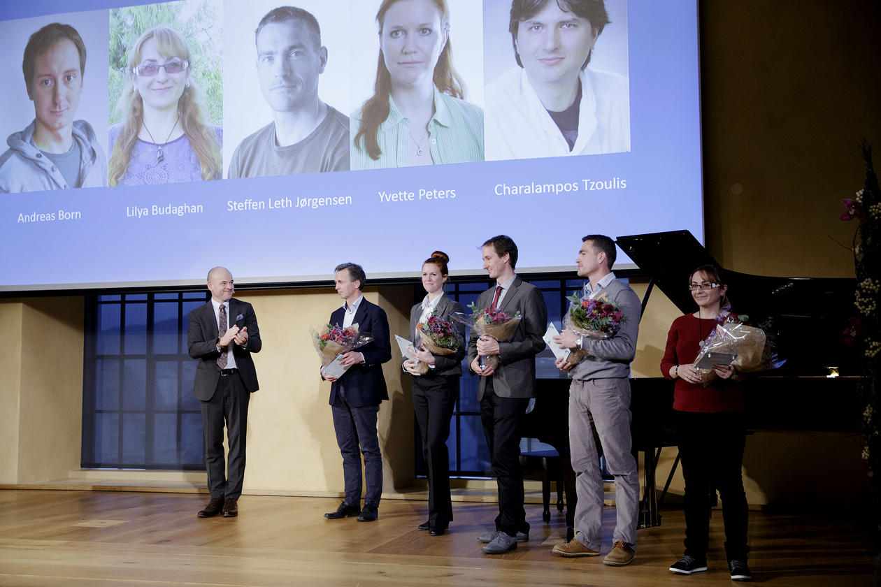 Bergen Research Foundation ceremony in the University aula 2 December 2016, with recruiting research grant recipients from the University of Bergen.