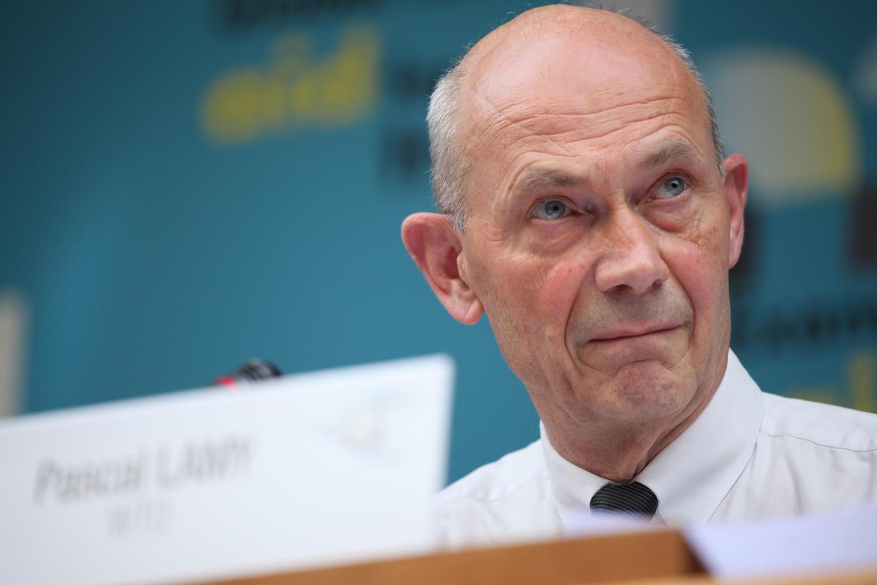 Pascal Lamy leder EU-kommisjonens ekspertgruppe som evaluerer Horisont 2020-rammeverket, her i 2013 da han fremdeles var leder for WTO.