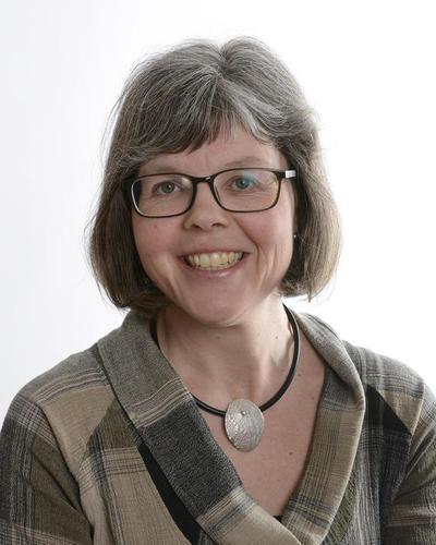 Elisabeth Müller Lysebo, fakultetsdirektør på MatNat-fakultetet.