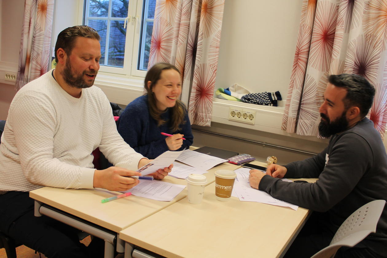 Language teachers making plans  for a multilingual teaching unit