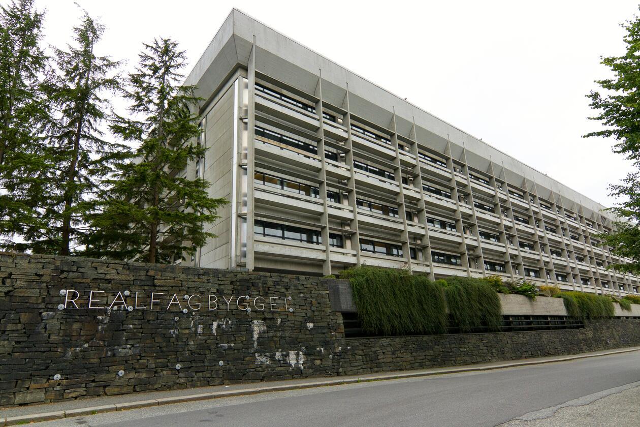 Realfagbygget, Universitetet i Bergen