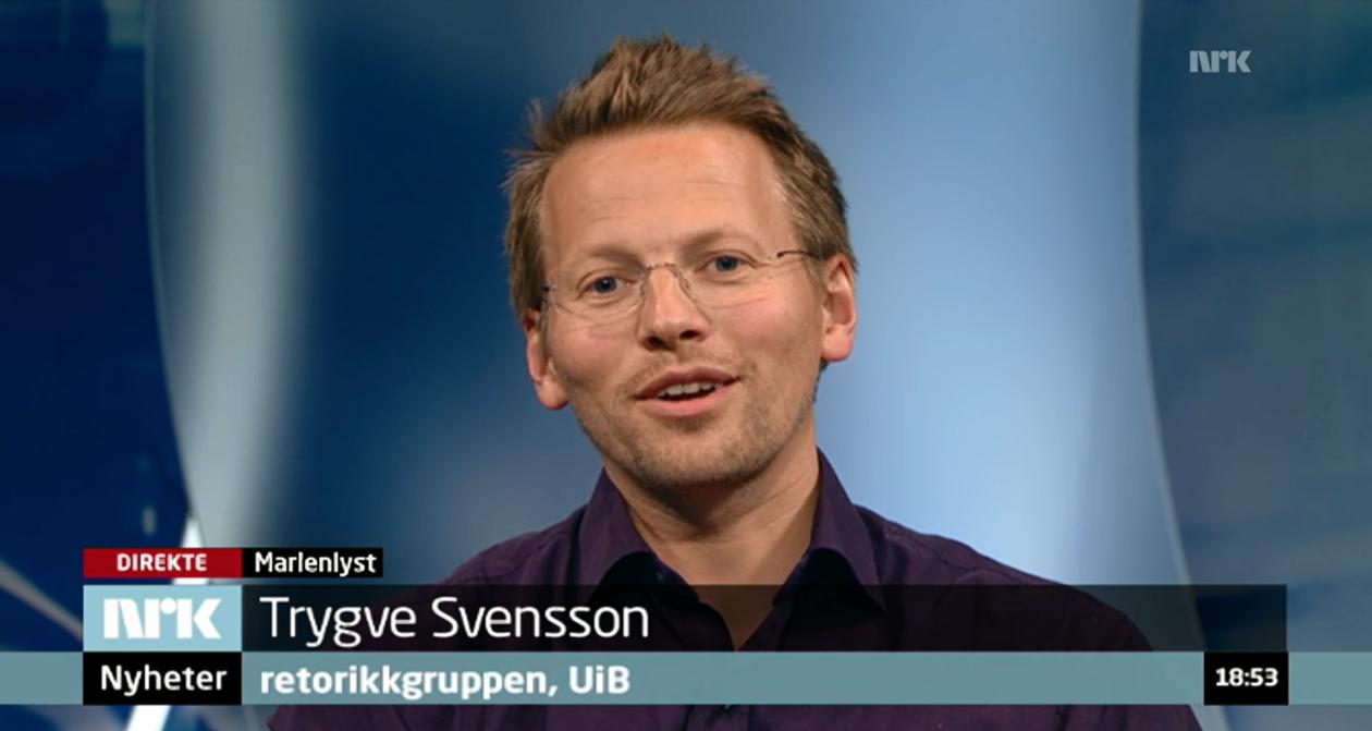 Bildet viser stipendiat Trygve Svensson i studio hos NRK.