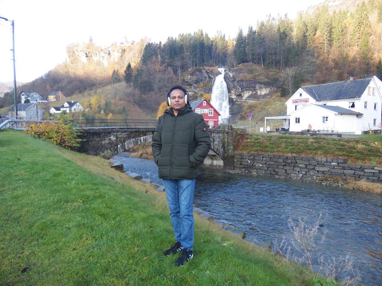 Asela Perera hiking in Norway