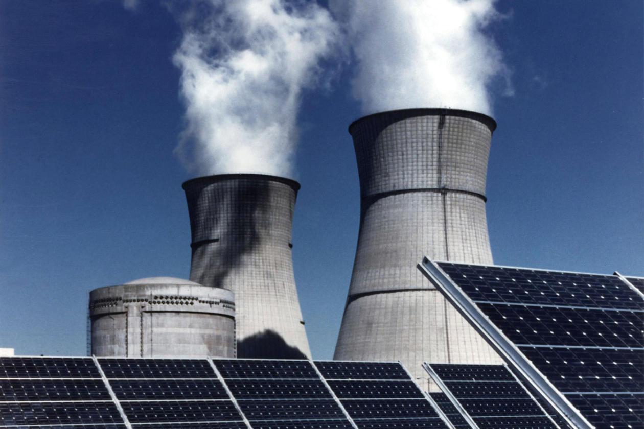 Solar energy vs. fossile energy