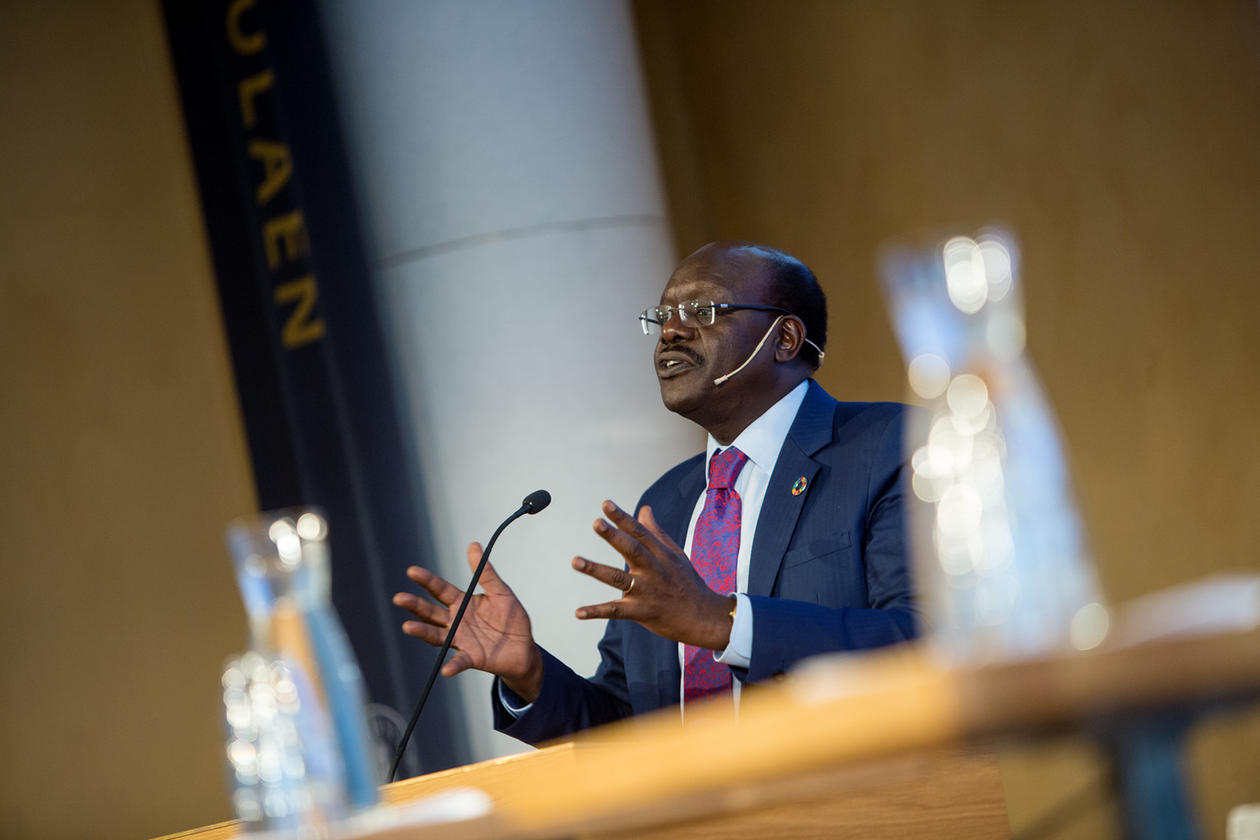 Mukhisa Kituyi, generalsekretær i UNCTAD –FN-konferansen for handel og utvikling – tok sin doktorgrad ved Universitetet i Bergen i 1989.