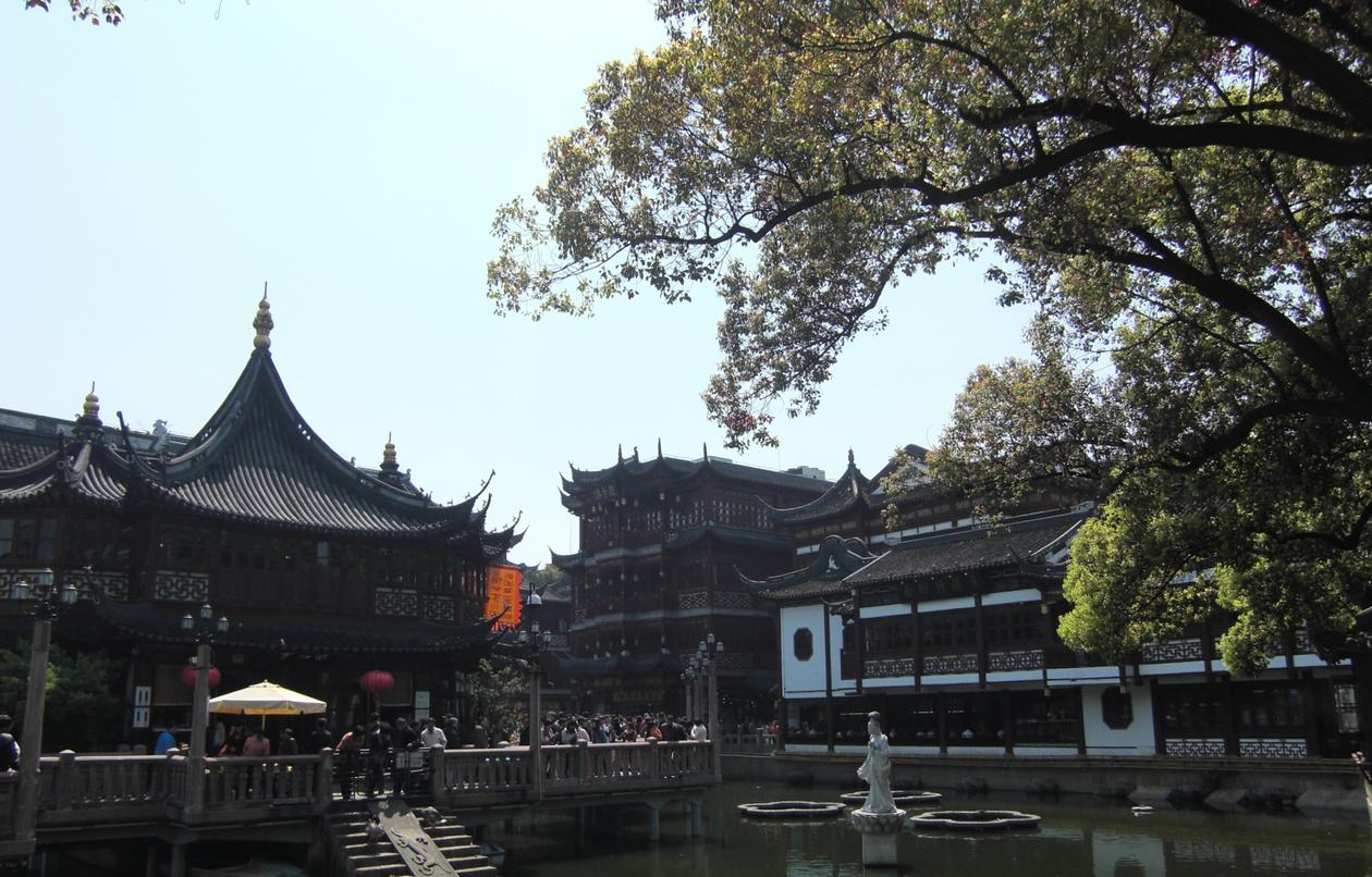 Yuyuan Garden and Market