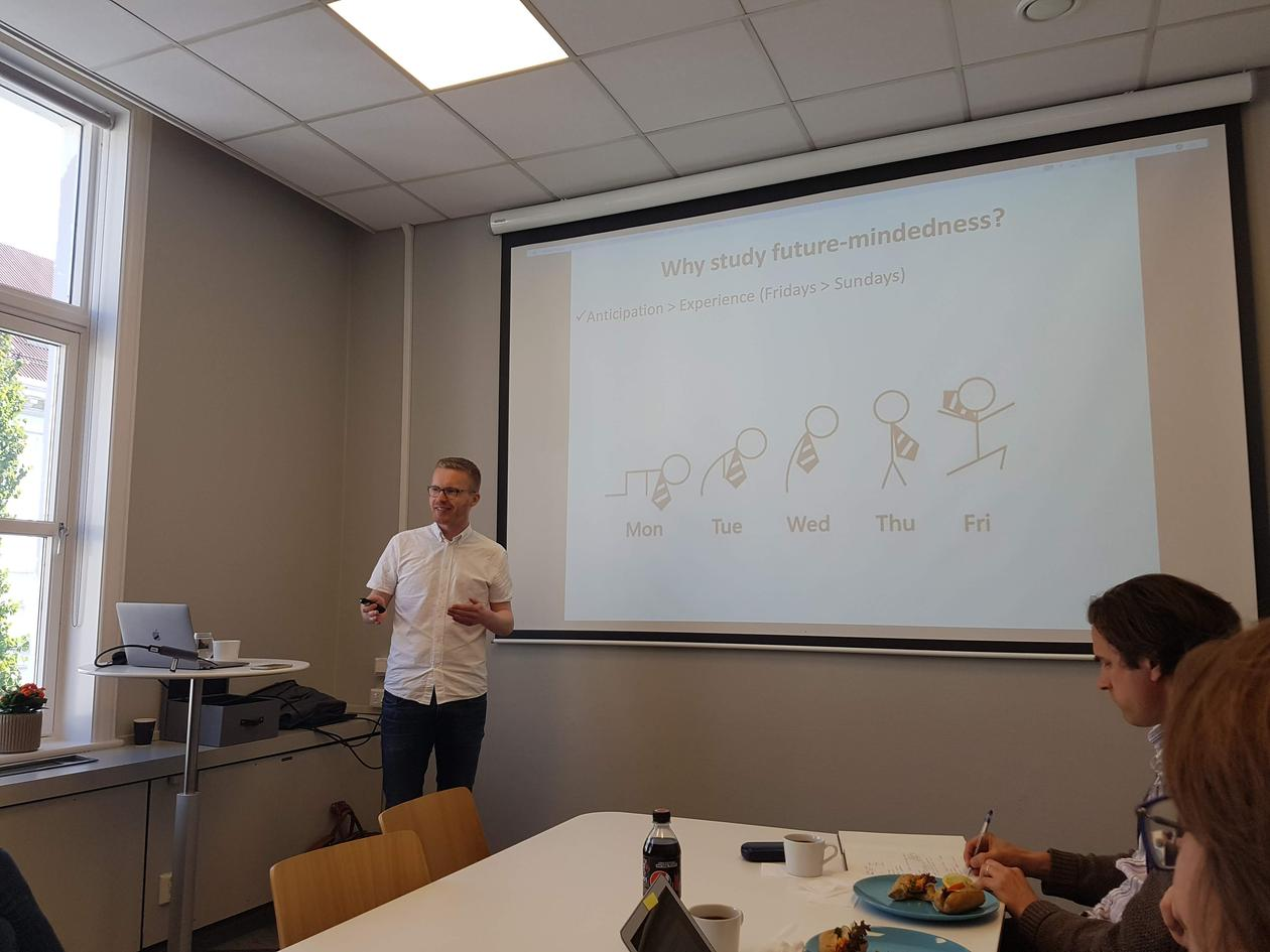 Sjåstad presenting
