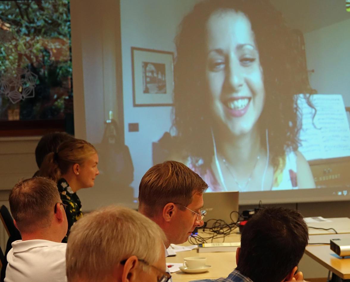 Elisa Cugliana on Skype