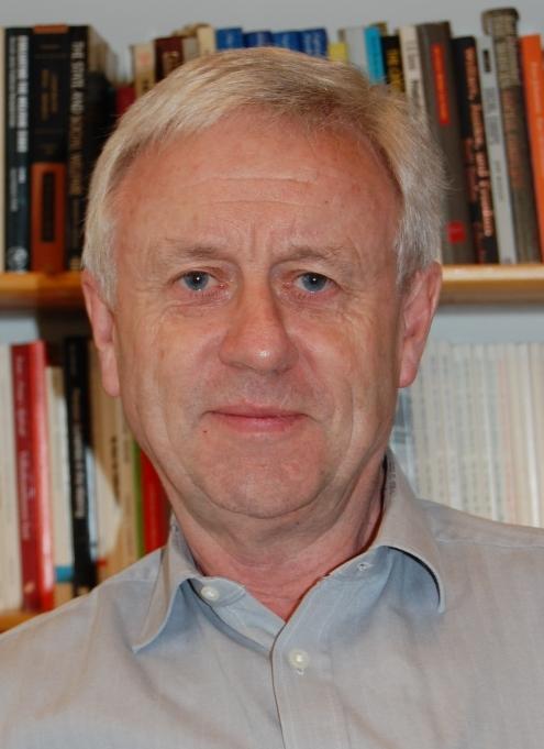 Et profilbilde av Professor Stein Kuhnle fra Institutt for sammenliknende politikk
