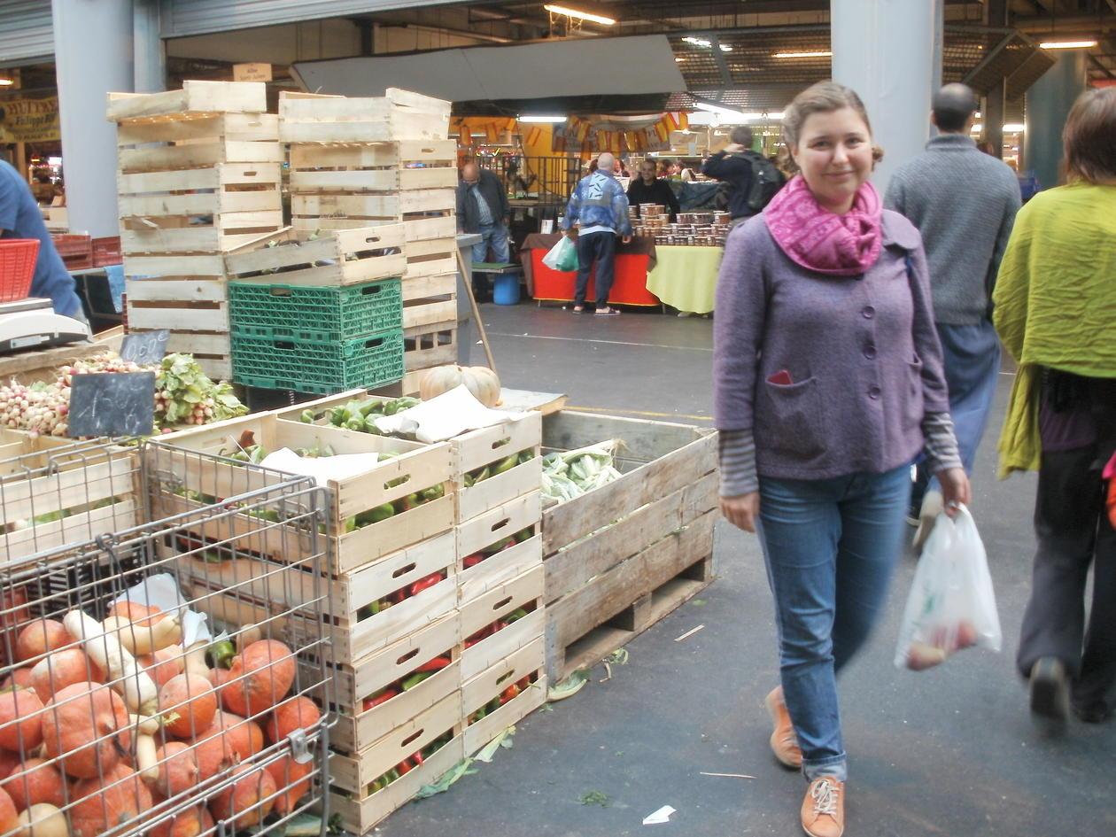 Utvekslingsstudent Sunniva Sakkestad på markedet i Bordeaux