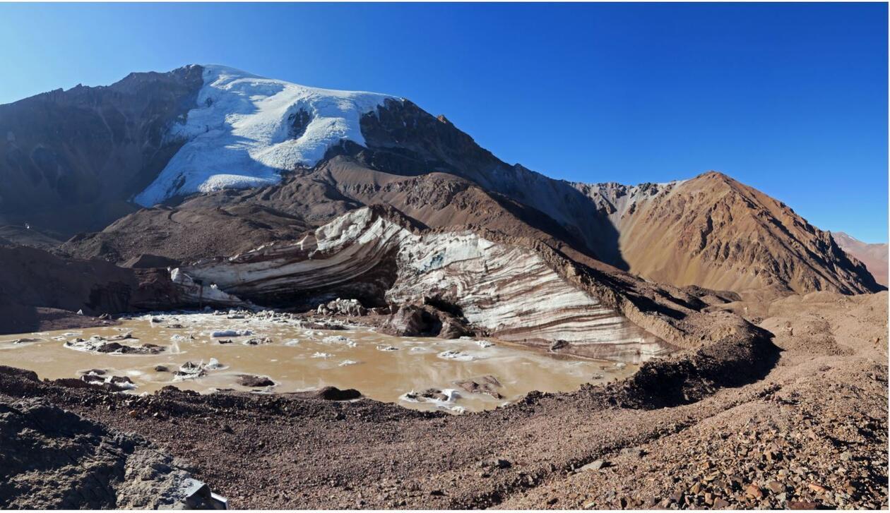 Supraglacial lake and exposed ice cliffs on Tapado Glacier