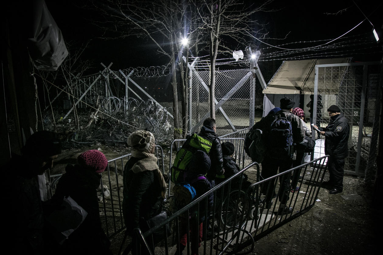 Refugees queuing to enter the frontier with Macedonia, from Greece.