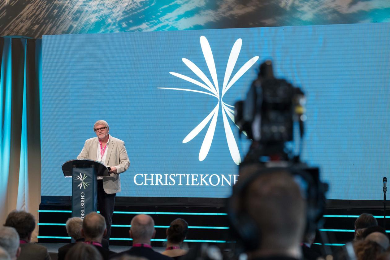Bernt Hagtvet foredro om toleranse på Christiekonferansen 2018
