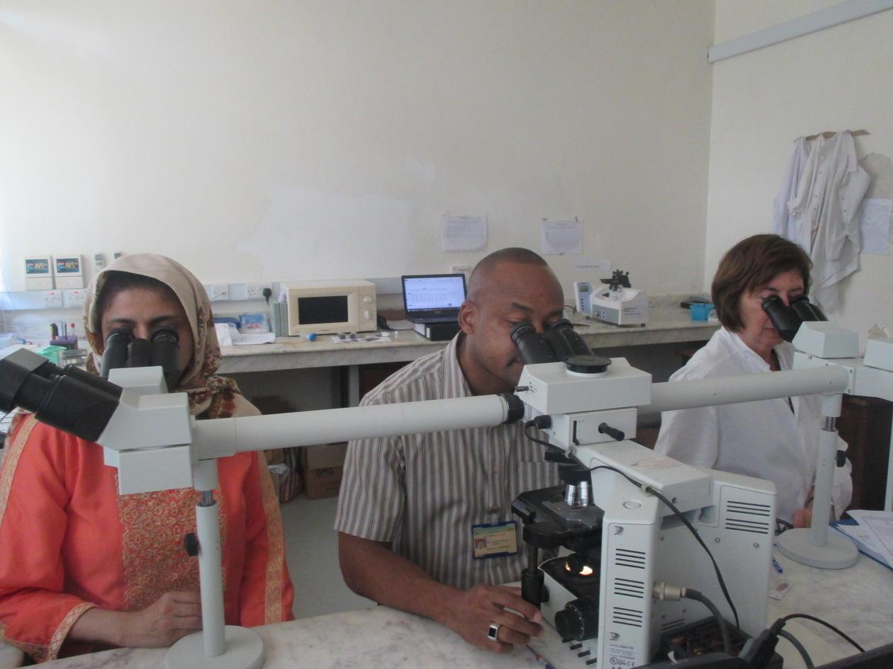 Tehmina Mustafa and colleagues Zanzibar lab