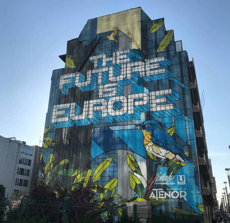 Veggmaleri med teksten The future is Europe