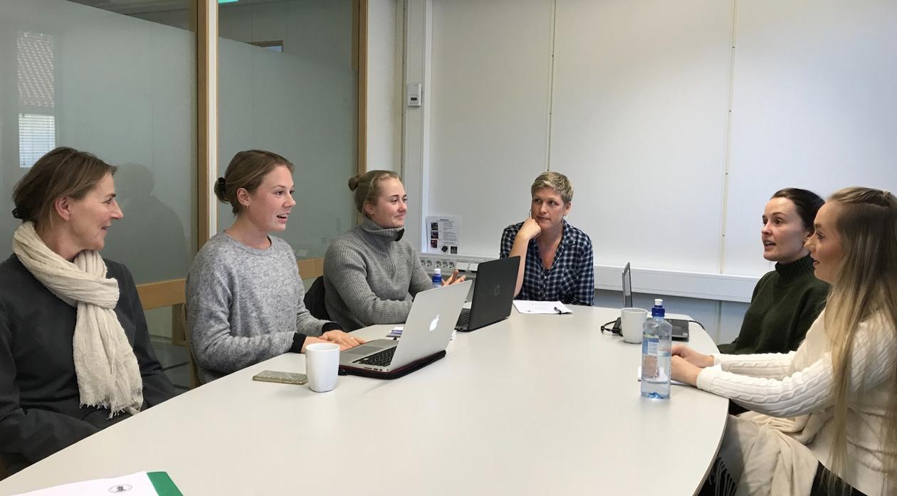 TVEPS-studenter på Lærings- og meistringssenteret (LMS) ved Haukeland Universitetssjukehus