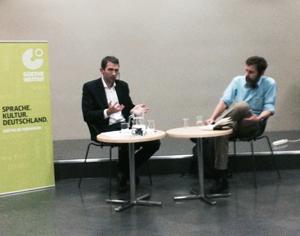 Espen Ingebrigtsen i samtale med den sveitsiske forfattaren Peter Stamm på Bergen Offentlige Bibliotek