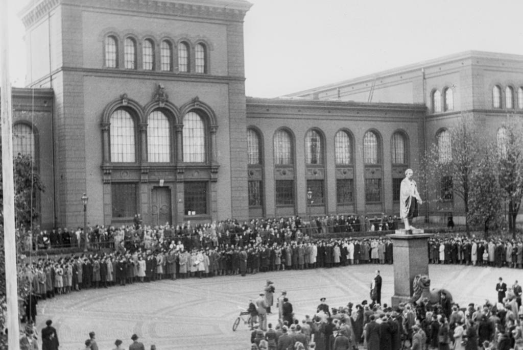 Feiring av grunnstensnedleggelse av Universitetet i Bergen, 1946