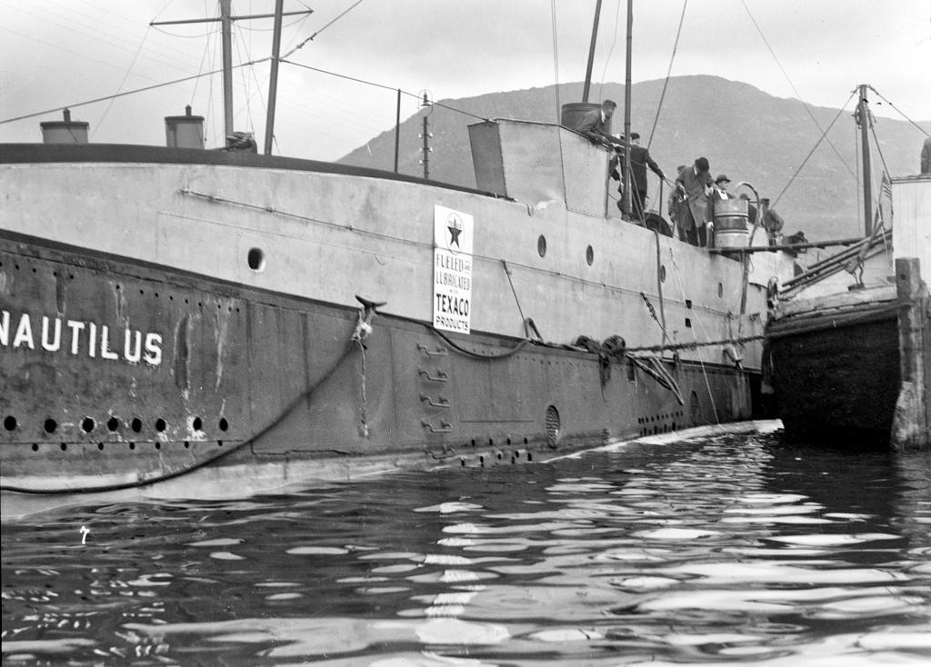 UTRANGERT UBÅT: Med denne gebrekkelige farkosten ville den australske eventyreren George Hubert Wilkins beseire polisen.
