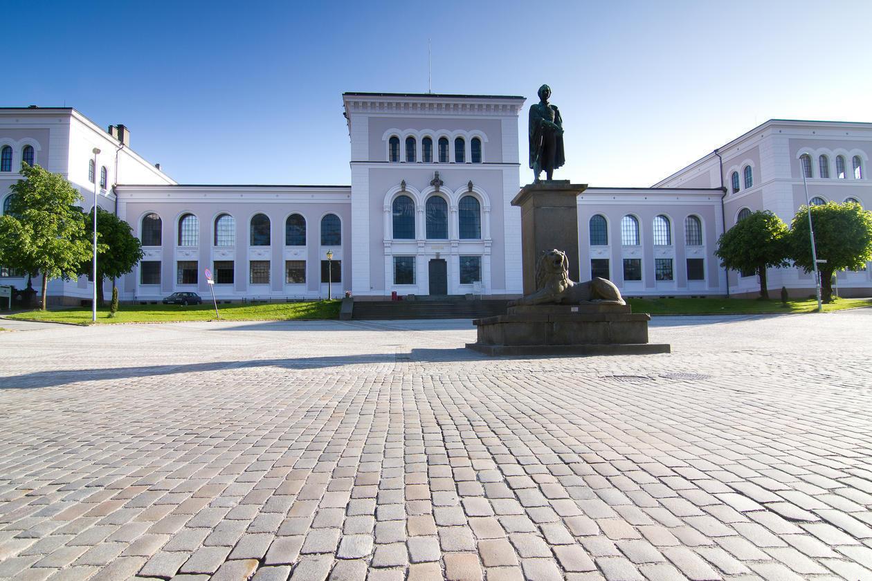 Universitetsmuseet på Museplassen 3 i Bergen