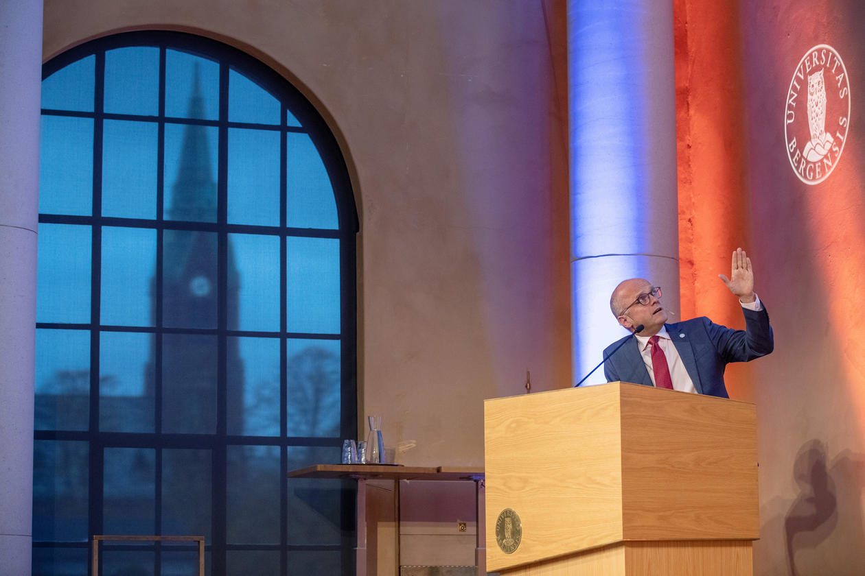 Norway's Special Representative for the Ocean, Mr. Vidar Helgesen, gave an impassioned speech for the ocean and the blue economy when he gave the first Annual Ocean Sustainability Bergen Lecture on 21 October 2019.