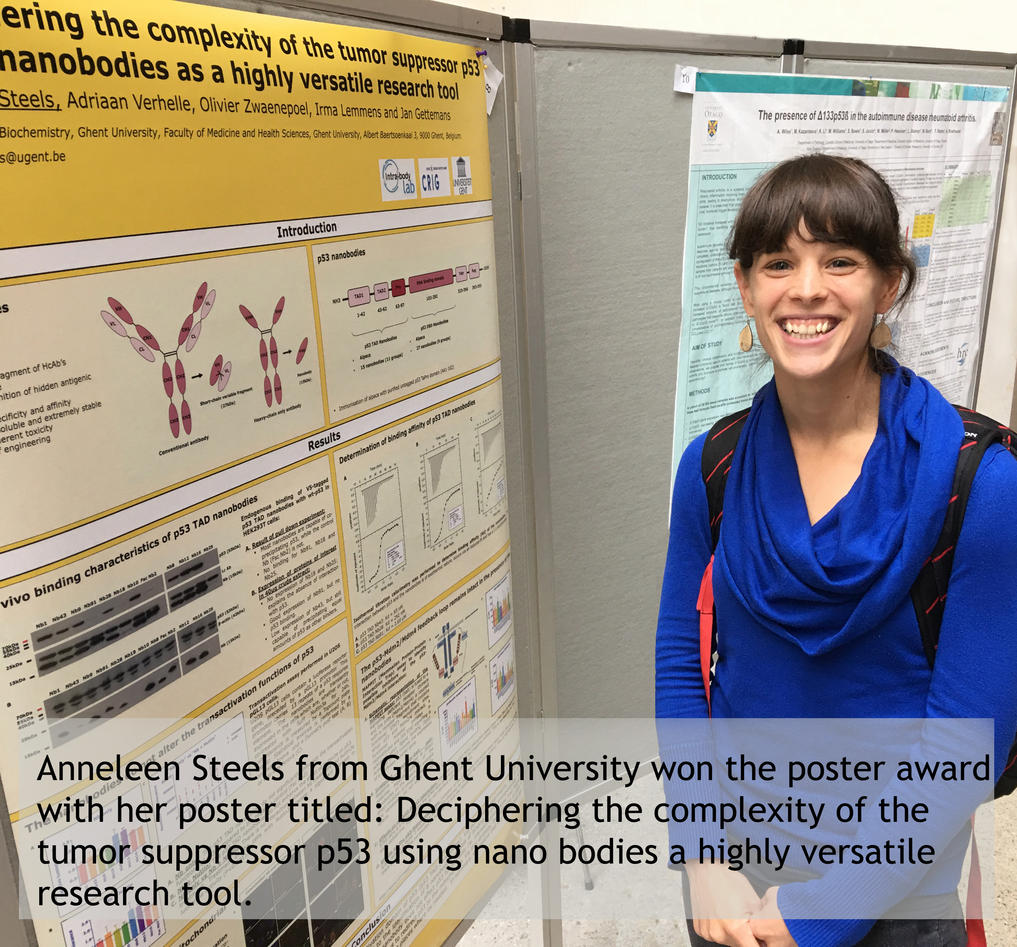 Anneleen Steels in front of her poster.